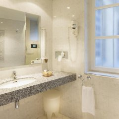 Odéon Hotel 3* Улучшенный номер с различными типами кроватей фото 8