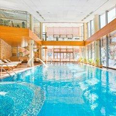 Отель Yastrebets Wellness & Spa Болгария, Боровец - отзывы, цены и фото номеров - забронировать отель Yastrebets Wellness & Spa онлайн бассейн фото 2