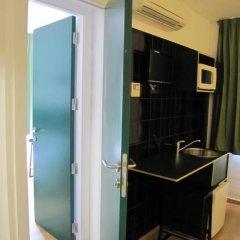 Отель Hostal Athenas Стандартный номер с различными типами кроватей фото 14