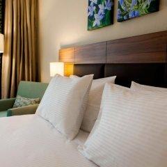 Гостиница Hilton Garden Inn Moscow Новая Рига 4* Стандартный номер с двуспальной кроватью фото 3