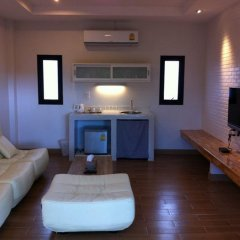 Отель Villa Gris Pranburi 3* Семейный номер Делюкс с двуспальной кроватью фото 3