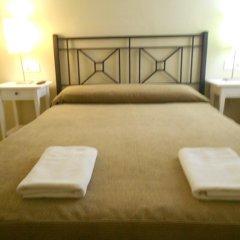 Отель Pension Perez Montilla 2* Стандартный номер с двуспальной кроватью (общая ванная комната)