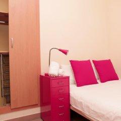 Отель Mora Rooms Барселона сейф в номере