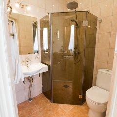 Мини-отель Дом Чайковского Улучшенный номер с различными типами кроватей фото 2