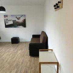 Отель Tirana Comfort Apartment Албания, Тирана - отзывы, цены и фото номеров - забронировать отель Tirana Comfort Apartment онлайн комната для гостей фото 4