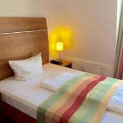 Отель Ambert Berlin (только для женщин) Берлин комната для гостей фото 2