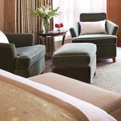 Four Seasons Hotel Mumbai 5* Номер Премьер с двуспальной кроватью фото 6