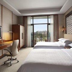 Отель Sheraton Qingyuan Lion Lake Resort 4* Номер Делюкс с различными типами кроватей фото 2