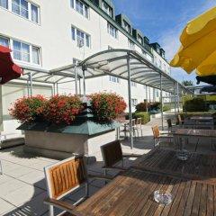 Отель Park Inn by Radisson Uno City Vienna Австрия, Вена - 4 отзыва об отеле, цены и фото номеров - забронировать отель Park Inn by Radisson Uno City Vienna онлайн бассейн фото 2