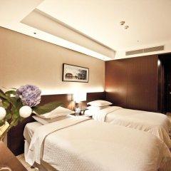 Отель Four Points By Sheraton Seoul, Namsan 4* Улучшенный номер с различными типами кроватей фото 4