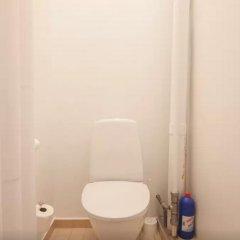 Отель Central 4 bedroom apt. for big groups ванная фото 2