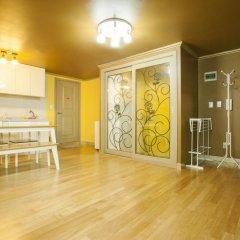 Отель Han River Guesthouse 2* Семейная студия с двуспальной кроватью фото 13