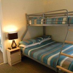 Hawkes Hotel комната для гостей