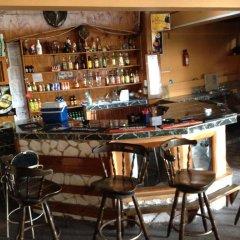 Отель The View Guest House Ямайка, Монтего-Бей - отзывы, цены и фото номеров - забронировать отель The View Guest House онлайн гостиничный бар