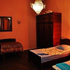 Отель Nataly Guest House 2* Номер категории Эконом с различными типами кроватей фото 9