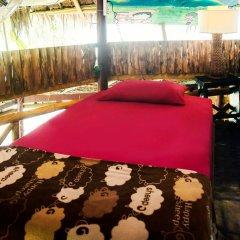Отель Leaf House Кровать в общем номере фото 15