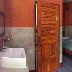 Отель Khun Mai Baan Suan Resort 2* Стандартный номер с различными типами кроватей фото 3