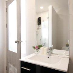 Отель Ratchadamnoen Residence 3* Улучшенный номер с различными типами кроватей фото 17