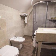 Отель Old Meidan Tbilisi Номер Делюкс с различными типами кроватей фото 8