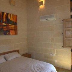 Отель Domus Luxuria Мальта, Корми - отзывы, цены и фото номеров - забронировать отель Domus Luxuria онлайн комната для гостей фото 2