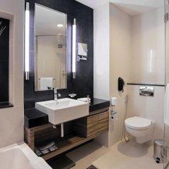 Отель Pullman Dubai Jumeirah Lakes Towers 5* Улучшенный номер с различными типами кроватей фото 4
