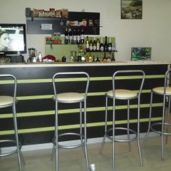 Апартаменты Gal Apartments In Pamporovo Elit гостиничный бар