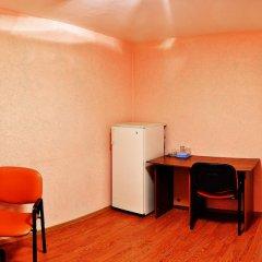 Отель Yunost Zapolyarya Мурманск удобства в номере фото 3