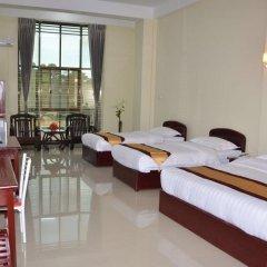 Lashio Galaxy Hotel 2* Номер Делюкс с различными типами кроватей фото 6