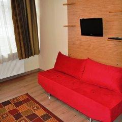 Хостел Antique Стандартный номер двуспальная кровать фото 13
