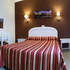 Отель Hostal Sonia Стандартный номер с различными типами кроватей фото 10