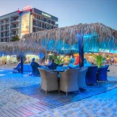 Отель Platinum Hotel & Casino Болгария, Солнечный берег - отзывы, цены и фото номеров - забронировать отель Platinum Hotel & Casino онлайн бассейн
