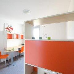 Отель Apparteo Lyon 7 Gerland Франция, Лион - отзывы, цены и фото номеров - забронировать отель Apparteo Lyon 7 Gerland онлайн интерьер отеля фото 2