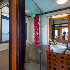 Отель Gray Line Halong Cruise 4* Номер Делюкс фото 2