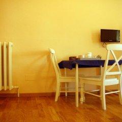 Отель Ridolfi Guest House 2* Стандартный номер с двуспальной кроватью (общая ванная комната) фото 12