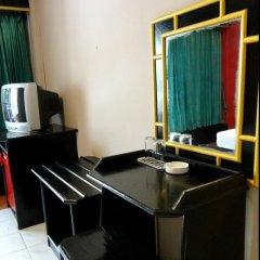 Отель Boomerang Inn 3* Улучшенный номер двуспальная кровать фото 4