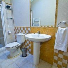 Отель Apartamentos Rurales Los Brezos* ванная фото 2
