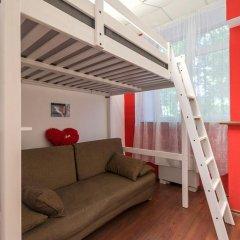 Light Dream Hostel Стандартный семейный номер с двуспальной кроватью фото 4