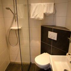 Отель Cornelisz Амстердам ванная фото 2