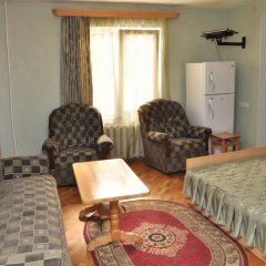 Отель Holiday Home On Charents комната для гостей фото 2