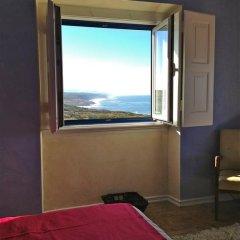 Отель Chill in Ericeira Surf House Улучшенный номер с различными типами кроватей фото 7