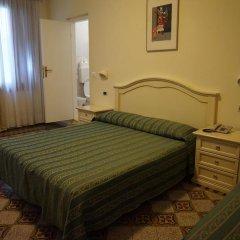 Отель Universo & Nord Италия, Венеция - 3 отзыва об отеле, цены и фото номеров - забронировать отель Universo & Nord онлайн комната для гостей фото 12