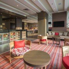Отель Hampton by Hilton Cali интерьер отеля фото 3