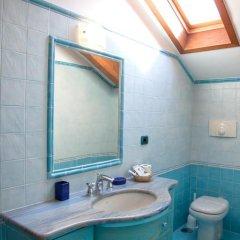 Отель The Sweet Garret Италия, Аджерола - отзывы, цены и фото номеров - забронировать отель The Sweet Garret онлайн ванная фото 2