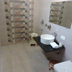 Отель Pearl Of Taj-Homestay 3* Номер Делюкс с различными типами кроватей фото 12