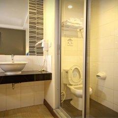 Отель Sleep Withinn Таиланд, Бангкок - отзывы, цены и фото номеров - забронировать отель Sleep Withinn онлайн ванная фото 2
