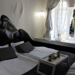 Гостиница Дизайн-отель Шампань в Ставрополе 2 отзыва об отеле, цены и фото номеров - забронировать гостиницу Дизайн-отель Шампань онлайн Ставрополь комната для гостей фото 4