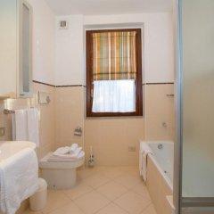 Отель Olivia Sul Lago Меззегра ванная фото 2
