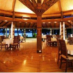 Отель Matangi Private Island Resort питание фото 2