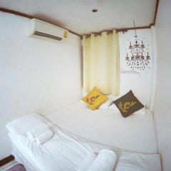 Отель Chilling Home Номер категории Эконом с различными типами кроватей