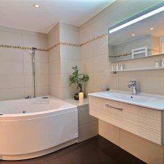 Отель Assia & Nathalie Luxury B&B Marais Париж ванная